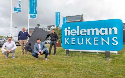 Keukencentrum Tieleman verduurzaamt verder met zonnepanelen Installatie van Bluehome